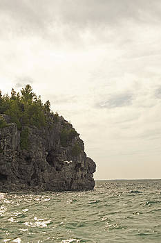 Elaine Mikkelstrup - Tobermory Caves