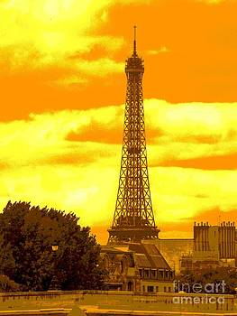 Tour Eiffel - Eiffel Tower - Paris - France by Francoise Leandre