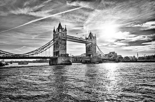 Tower Bridge by Domagoj Borscak