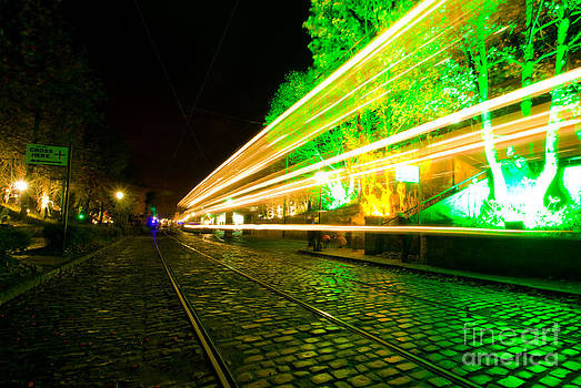 Yhun Suarez - Tram Light Trail 3.0