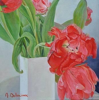 Tulipes en vase by Muriel Dolemieux