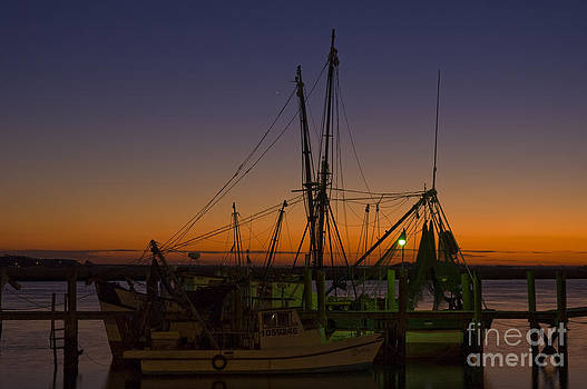 Tim Mulina - Two Shrimpers at the Wharf