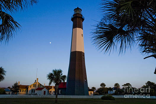 Tim Mulina - Tybee Island Lighthouse and Full Moon