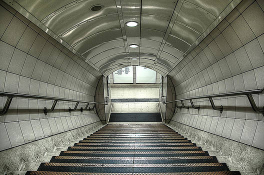 Svetlana Sewell - Underground 06