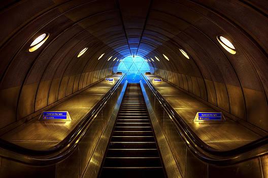 Svetlana Sewell - Underground 08