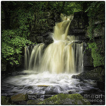 Upper Falls Thwaite Yorkshire Dales UK by George Hodlin