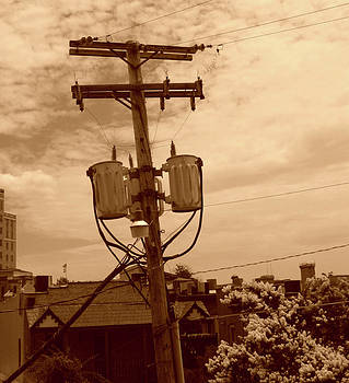 Nina Fosdick - Urban Totem Pole