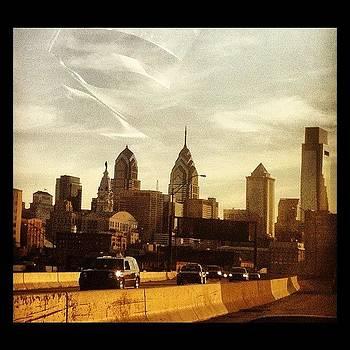 #urbanlandscape #philadelphia by Colleen Sullivan
