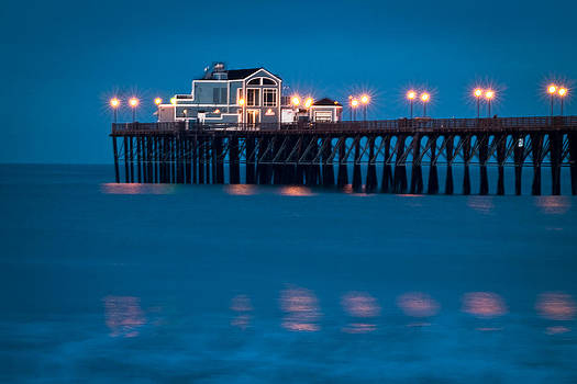 USA-0013-Oceanside Pier Just Before Sunrise by Les Abeyta