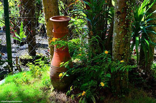 Vase Landscape by Enrique Rueda