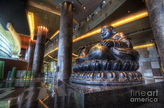 Yhun Suarez - Vegas Buddha