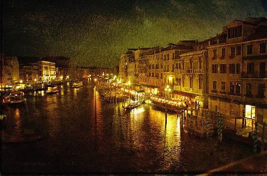 Venetian Waterway by Tim Kahane