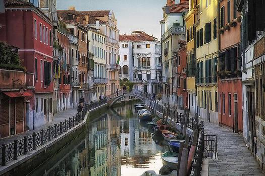 Venice Back Streets by Daniel Sands