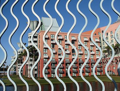 Vertical Waves by Bill Lucas