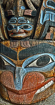 Gregory Dyer - Victoria Canada Totem - 05