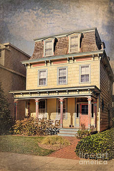 Victorian House Lewes Delaware by Susan Isakson