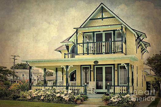 Victorian House Marthas Vineyard Two by Susan Isakson