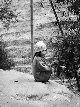 Vietnam kid by Karin De oliveira