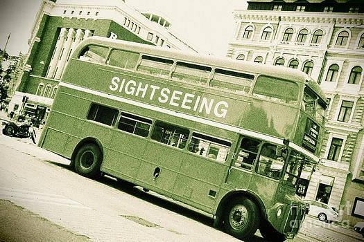 Sophie Vigneault - Vintage Bus