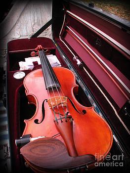 Michael Mooney - Violin