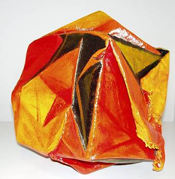 VITAL PaintSculpture Serie Triangulismos by Alicia Hernandez de Coll