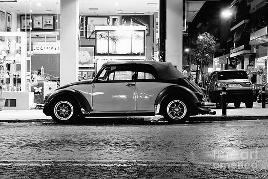 Volkswagen Beetle by Hristo Hristov