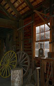 Wagon Wheel by Jeffrey Swank