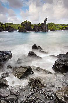 Wainapapa State Park Hana Maui Hawaii by Dustin K Ryan