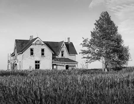 Warden Boyer Farm House by Mike Southern