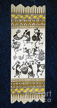 Warli Wood Home Decor by Subhash Limaye