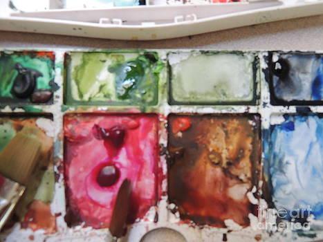Watercolor Palet by Geraldine Liquidano