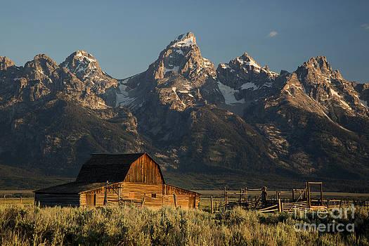Western Sunrise by Ken Hardy