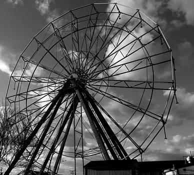 Wheel by Daniel Rogers