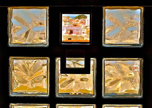 HweeYen Ong - Window Gallery
