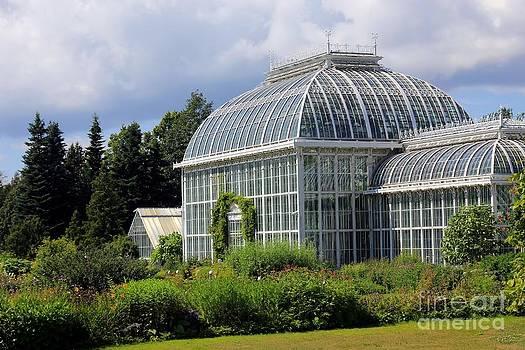 Sophie Vigneault - Winter Gardens In Helsinki