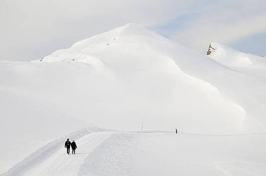 Winter mountain landscape with lots of snow by Matthias Hauser