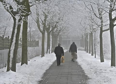 Winter Shopping by Odd Jeppesen