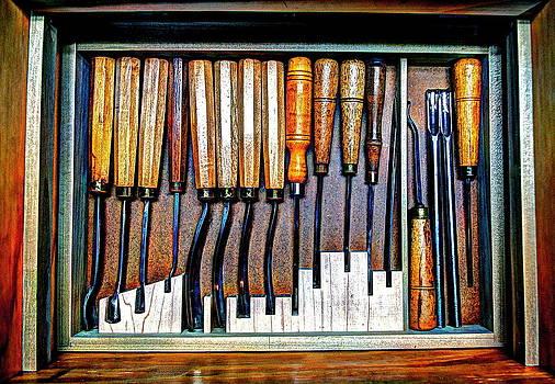 Frank SantAgata - Wood Carvers Delight