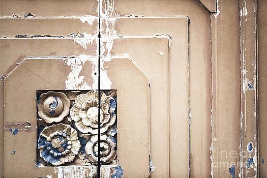 Wooden Flowers by Agnieszka Kubica