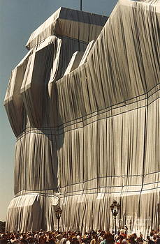 wrapped Reichstag 2 by Roswitha Schmuecker