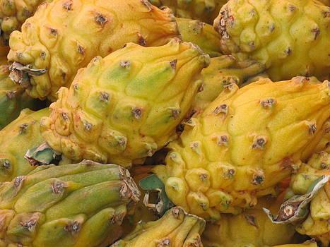 Alfred Ng - yellow dragon fruit