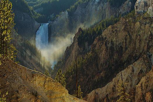 Yellowstone Lower Falls by Johan Elzenga