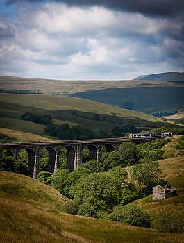 Yorkshire Dales train by Paul Davis