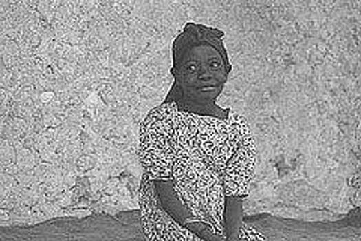 Zanzibar Girl by Dennis Ditmeijer