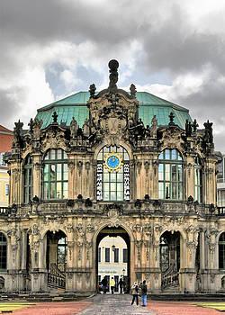 Christine Till - Zwinger Dresden - Carillon Pavilion - Caution fragile