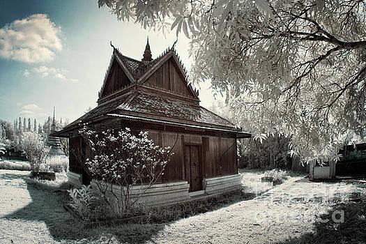 Wat plub by Buchachon Petthanya