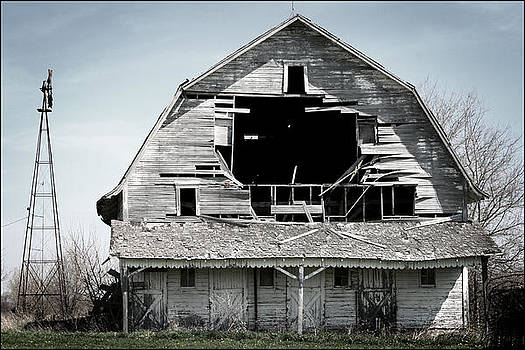 Barn Bustin by Shane Rees