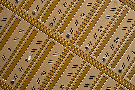 Box by Daniel Kulinski