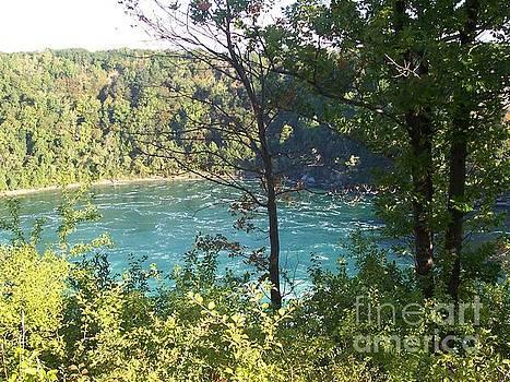 Calm water at Niagara Falls by Paul Jessop