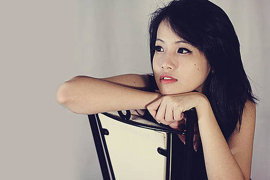 Charming Lady 2 by Kent Nguyen